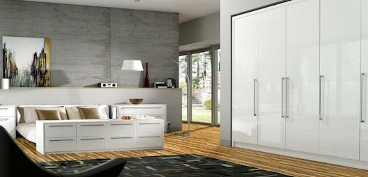 gloss-fitted-wardrobes-1