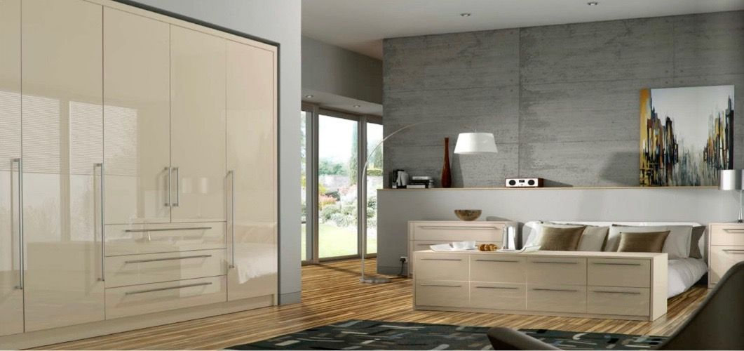 ivory-glossy-fitted-wardrobes-1