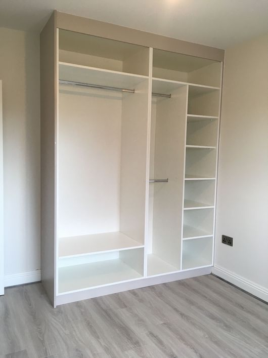 grey slab fitted wardrobe internal layout ideas 2 - Built In Wardrobe
